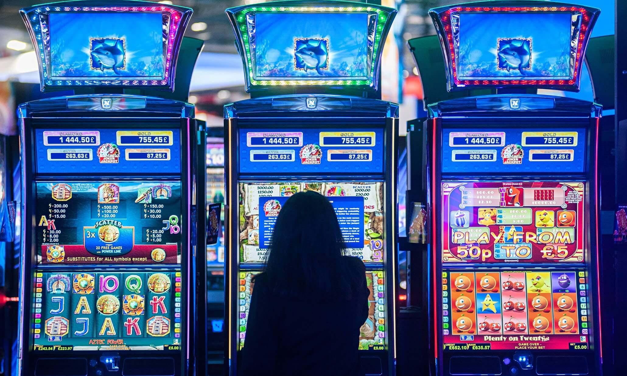 Como ganar dinero en el casino maquinas black tie casino minnesota