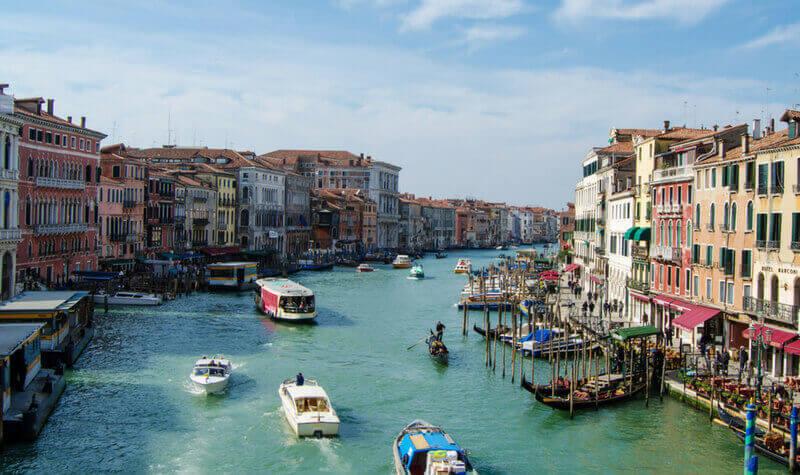 Calles de Venecia cerca del casino
