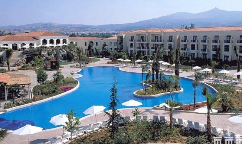 Jardines del Regency Casino