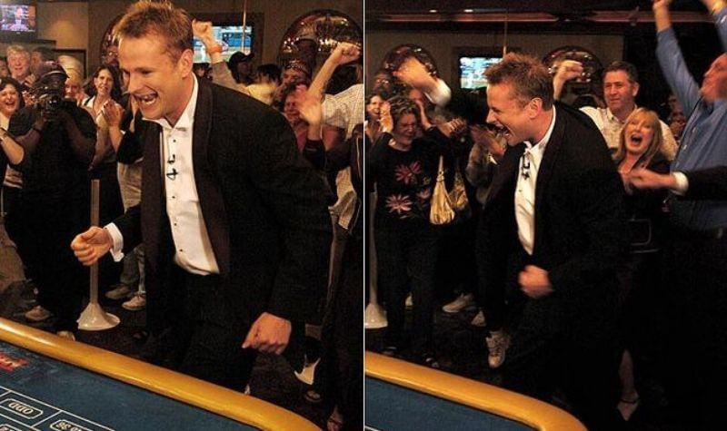 Ashley Revell en el casino