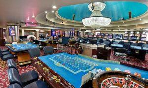 Mesas del Dome Casino